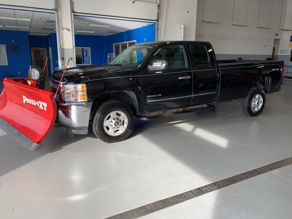 Pre-Owned 2012 Chevrolet Silverado 2500HD LT WITH BOSS PLOW