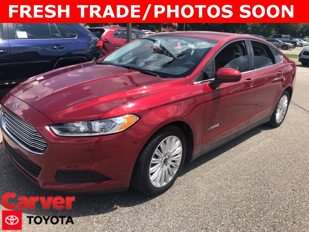 Pre-Owned 2015 Ford Fusion Hybrid S