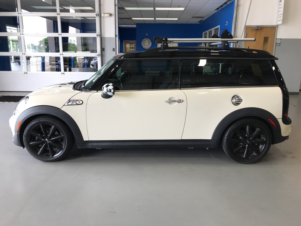 Pre Owned 2011 Mini Cooper S Clubman 2d Coupe In Taylorsville